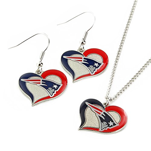 NFL New England Patriots Swirl Heart Earrings & Pendant Set New England Patriots Wear