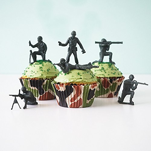 Price comparison product image 24 Green Toy Soldiers Cupcake Topper Kit - Army Soldiers,  Camo Baking Cups,  Green Sugar Sprinkles