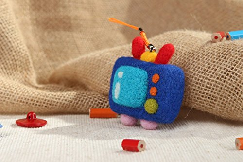 Cute Handmade Tv Keychain Made From Wool Key Accessories