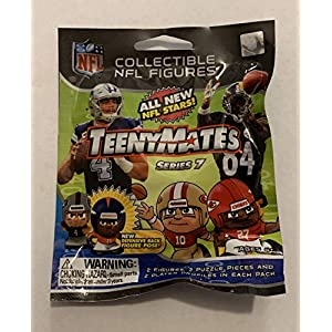 Unopened Pack NFL Teenymates Series 7 Collectible NFL Figures