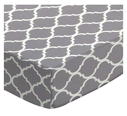SheetWorld Fitted Cradle Sheet - Grey Large Quatrefoil - Made In USA