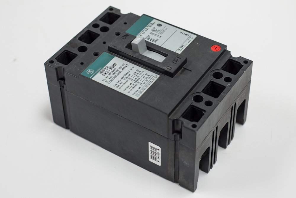 General Electric / Ge THED136030 (GE) Circuit Breakers