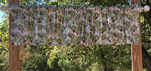 (Chickadees Pine Cones Trees Holly Berries Christmas Birds Handcrafted Valance)
