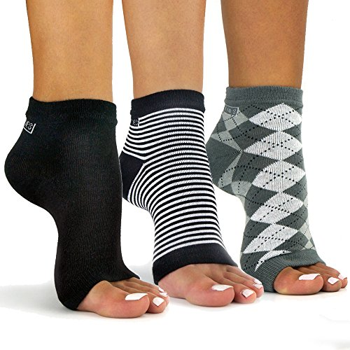 Freetoes Toeless Socks- 3 Pairs.1-Black, 1-Argyle, 1 Stripe