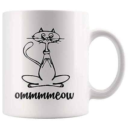 Amazon.com: Funny Yoga Gifts Ommmmeow Meow Cat Yoga Cat Mom ...