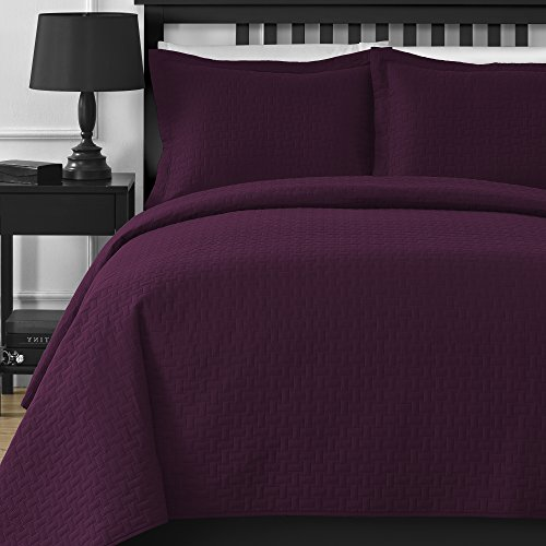 Comfy Bedding Extra Lightweight Modern Wireless Thermal Pressing Frame Quilted 3-Piece Oversize Bedspread Coverlet Set (King/Cali King, - King Comforter Plum