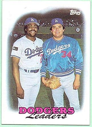 8f256fc46 Los Angeles Dodgers 1988 Topps Team Card  489 - Fernando Valenzuela ...