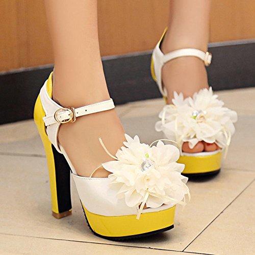 Carolbar Femmes Peep Toe Applique Boucle Mode Plate-forme Talons Hauts Sandales Jaune