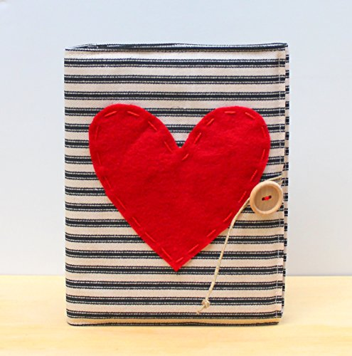 black and ecru ticking stripe heart photo album