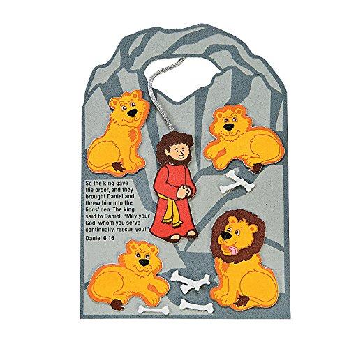 Fun Express - Daniel Cast to Lions Den CK-12 - Craft Kits - Party Craft Kits - Toys - 12 Pieces]()