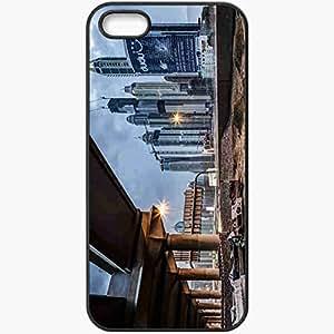 Unique Design Fashion Protective Back Cover For iPhone 5 5S Case Bridge Home Black