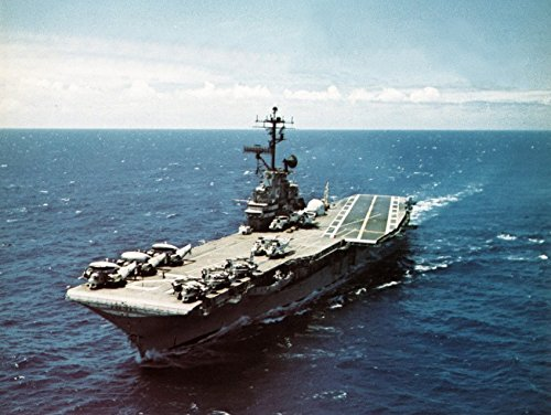 (Home Comforts Laminated Poster The U.S. Navy Aircraft Carrier USS Hornet (CVS-12) underway in The Pacific Ocean, Circa in July 1969 Vivid Imagery Poster Print 24 x 36 )