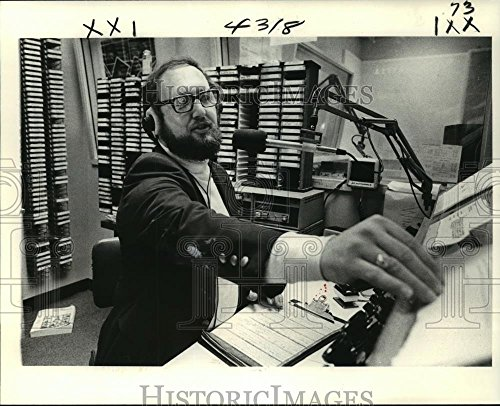 Vintage Photos 1979 Press Photo Radio Talk Show Host Eugene Coleman WGSO, Orleans - 8 x 10 in. - Historic Images