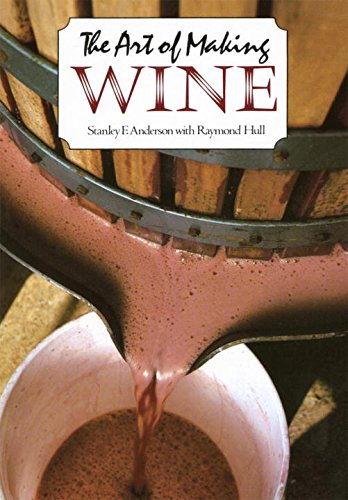 The Art of Making Wine (Plume)