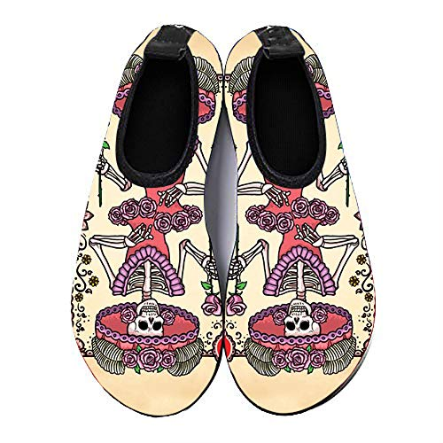 COEST Summer Outdoor Beach Swim Barefoot Shoe Queen of Hearts Funny Deck of Playing Cards Aqua Water Shoes Socks for Women Men 10.5-11 M US Women / 9-9.5 M US Men