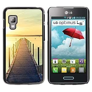 Caucho caso de Shell duro de la cubierta de accesorios de protección BY RAYDREAMMM - LG Optimus L5 II Dual E455 E460 - Jetty Dock Beach Sunset Lake