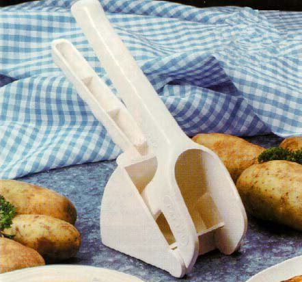 italian potato ricer - 1