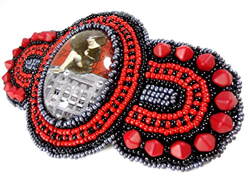 1920s Inspired Flapper Girl Beaded Hair Barrette Accessory in Red and Black (Flapper Girls 1920)