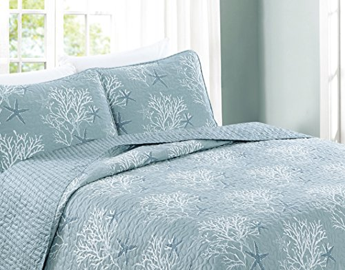 home decorators collection quilt set fenwick collection 3 coastal theme quilt set 12876