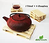 Design Studio Labyrinth Barcelona set of 1 wooden pallet trivet + 4 wooden pallet coasters. Hot Pad To Protect Your Table and 4 Drink Coasters For Hot Drinks, Beer, Wine (1 Trivet + 4 Coasters)