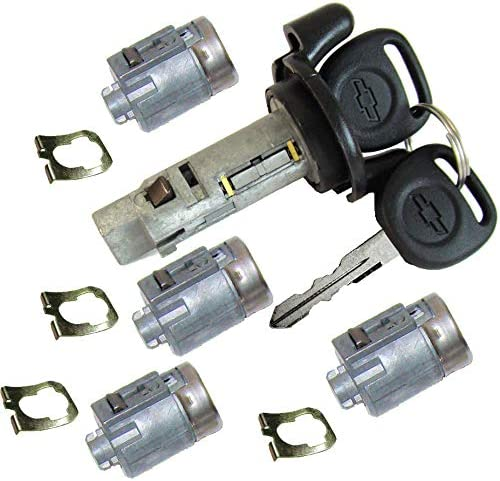 Amazon Com Or 2002 2007 Chevrolet Express Gmc Savana Van Ignition Switch Lock Cylinder Four 4 Door Lock Cylinders W 2 Chevy Bow Tie Logo Keys 704600 706591 Automotive