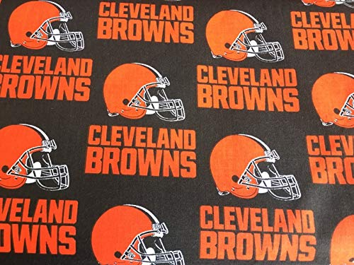 100% Cotton Fabric Sports NFL Football Theme (Cleveland ()