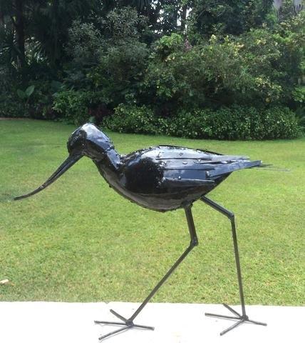 Maravillosamente hecho a mano grande lacado RSPB cerradura Metal senderismo jardín Escultura - Parte de la hecho a mano Tilnar comercio justo gama: ...