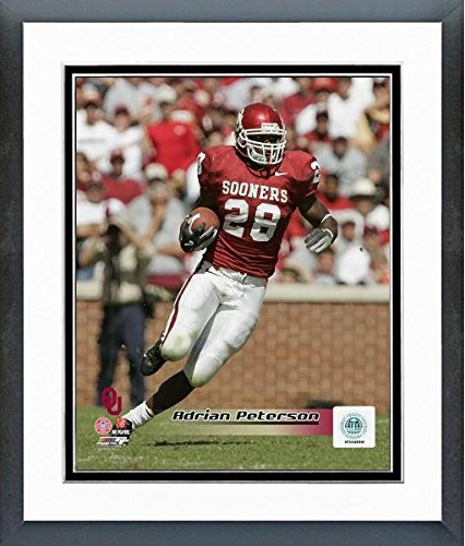 Adrian Peterson Oklahoma Sooners 2004 Action Photo (Size: 12.5'' x 15.5'') Framed by Photo File