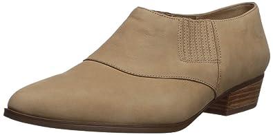 1c5ebf33a374 Naturalizer Women s Blythe Ankle Boot Barley 4.5 Medium US