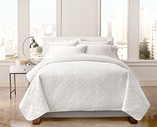 Regal Home Collections English Manor Lacey Pinsonic Quilt (Full/Queen) - Assorted Colors (White) (White Quilt Queen)