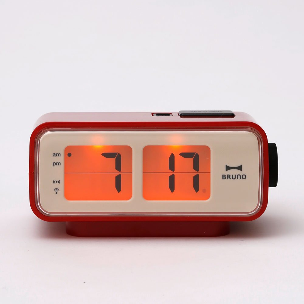 amazoncom retro digital flip desk alarm clock red home  kitchen -