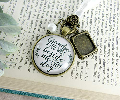 Grandfather Wedding Bouquet Charm Grandpa You Walk Beside Me Photo Frame Memorial White Remembrance Jewelry For Bridal Flowers (Locket Brooch Gold)