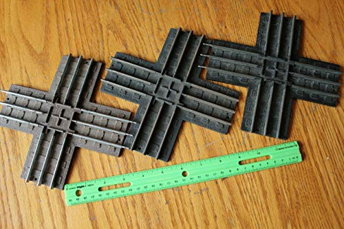 Lionel Crossings Lot of 3 Cross tracks 5020 and 1020 vintage train tracks ()