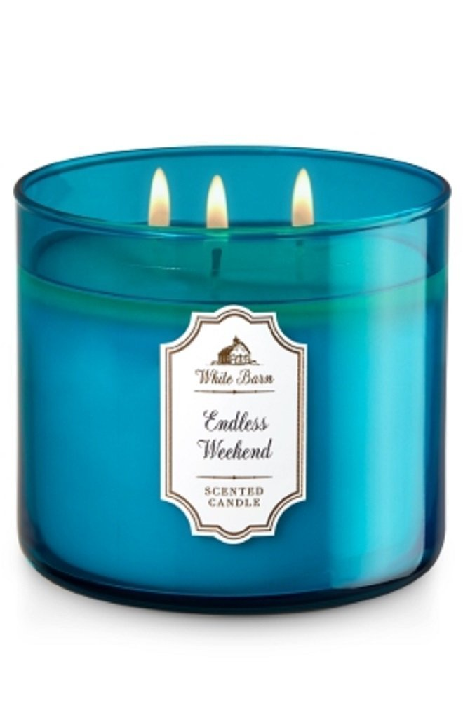 White Barn Bath /& Body Works 3-Wick Candle in Endless Weekend