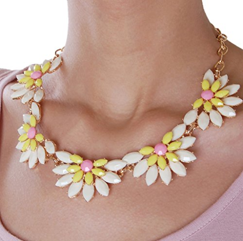 Humble Chic Women's Daisy Statement Necklace - Ivory - Floral Flower Gemstone Necklace, Ivory