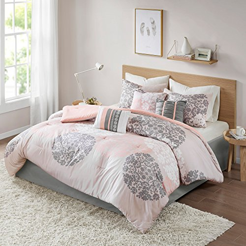 ight King Comforter Set - Springfield 7 Pieces All Season Comforter Goose Down Alternative Fill - Brown and Coral - Includes, 2 Shams, Bedskirt and Pillows By ()