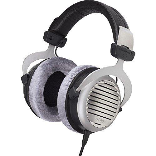 Bass Jaxx Glow in the Dark Headphones w/Built in Mic PURPLE by Bass Jaxx