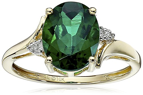 Yellow Gold Emerald Ring - 9
