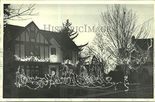 1987 Press Photo Christmas Lights at Genesee Park Drive Home in Syracuse (Christmas Lights Syracuse)