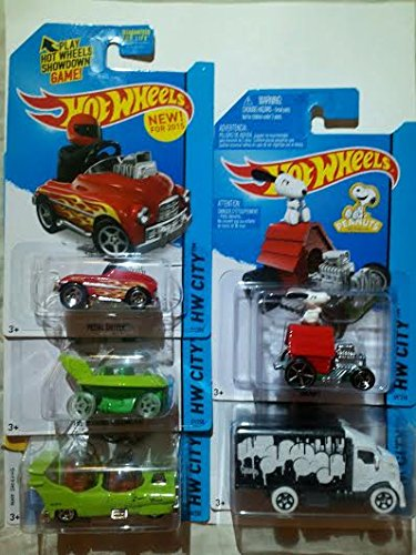 2015 Hot Wheels Hw City - Pedal Driver, THE JETSONS Capsule Car, The Homer, Snoopy, Hiway Hauler 2 - Lot of 5!