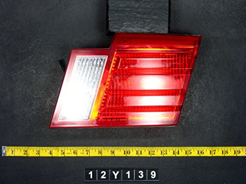 01 02 Kia Magentis Tail Light Lamp Passenger Side Right RH OEM 12Y139