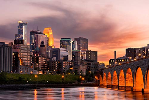 Minneapolis, Minnesota - Skyline at Sunset - Photography A-92732 (36x54 Giclee Gallery Print, Wall Decor Travel Poster)