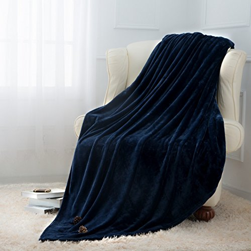Moonen Flannel Throw Blanket Luxurious Twin Size Lightweight Plush Microfiber Fleece Comfy All Season Super Soft Cozy Blanket for Bed Couch and Gift Blankets (Navy Blue, 60x80 Inches)