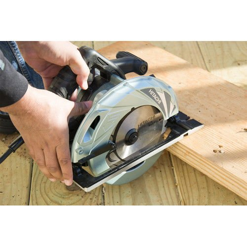 hitachi-c7bmr-15-amp-7-14-inch-circular-saw-with-magnesium-housing-and-brake
