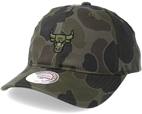 Mitchell & Ness Chicago Bulls NBA Camouflage Slouch Strapback Dad Hat Cap