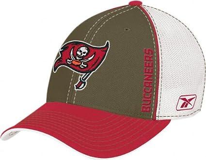 Amazon.com   Tampa Bay Buccaneers 08 Draft Day Hat   Sports Fan ... df6b797ff