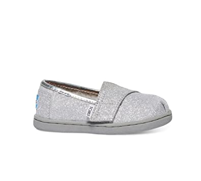 99a837282626b TOMS Kids Unisex Seasonal Classics (Infant/Toddler/Little Kid) Silver  Glimmer Loafer 2 Infant M