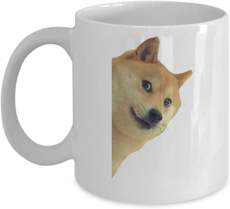 4777 11 oz Taza de café Doge Doge Perro Mascota Animal Mercancía Accesorios Camisa Cartel Etiqueta Pin Vinyl Decal Obra de arte Decoración Novedad Dank Mem: Amazon.es: Hogar