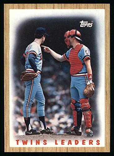 (1987 Topps # 206 Twins Team Minnesota Twins (Baseball Card) Dean's Cards 8 - NM/MT Twins)