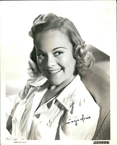 Sonja Henie (Vintage) signed photo